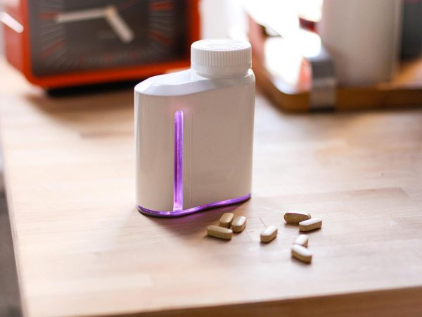 adheretech-smart-pill-bottles