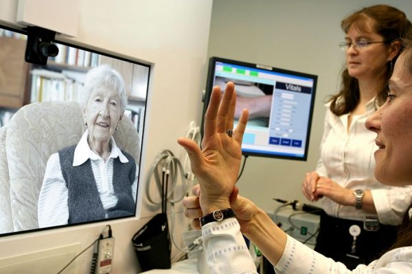 internet-of-things-elderly-care